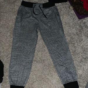 Akademiks sweat pants